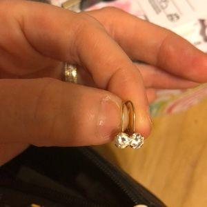 Diamond drop earrings in 10 kt gold
